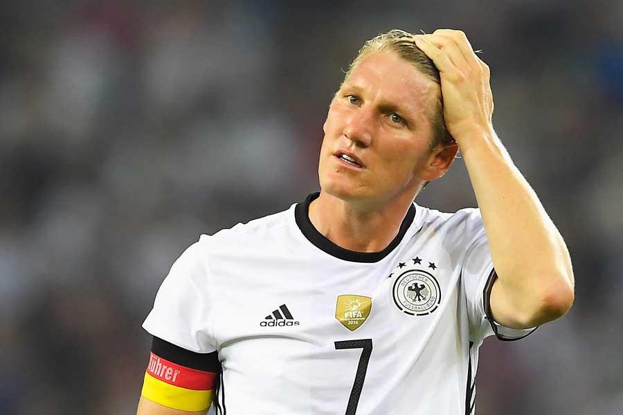 元ドイツ代表キャプテンのMFバスティアン・シュバインシュタイガーのSNSが炎上している【写真:Getty Images】