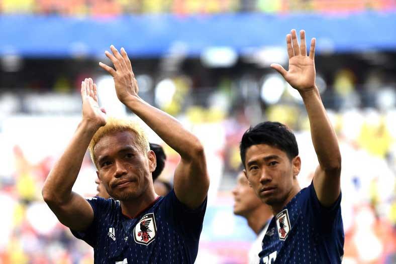 DF長友佑都は勝利の喜びを「格別」と表現し、「神様がご褒美をくれた」と感慨にふけった【写真:Getty Images】