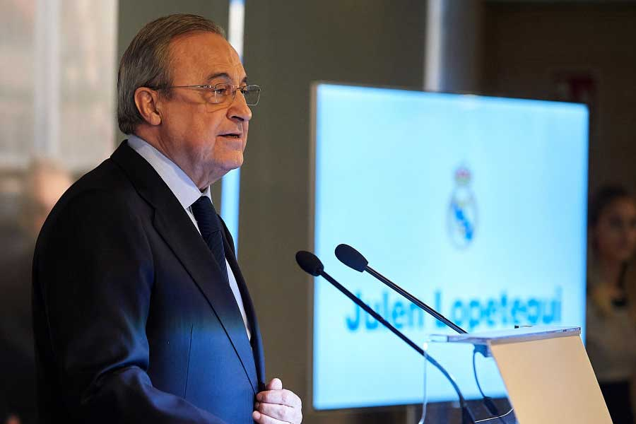 レアル・マドリードのぺレス会長が、ロペテギ監督の就任会見でスペイン連盟を口撃した【写真:Getty Images】