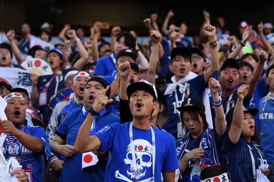 """日本代表のW杯16強での奮闘と""""模範にすべき""""マナーを海外紙が絶賛している【写真:Getty Images】"""