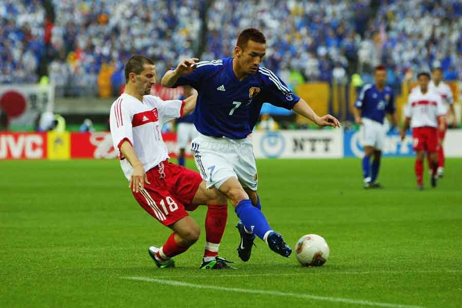 初めてベスト16に進んだ2002年大会は、トルコに0-1で敗れた【写真:Getty Images】