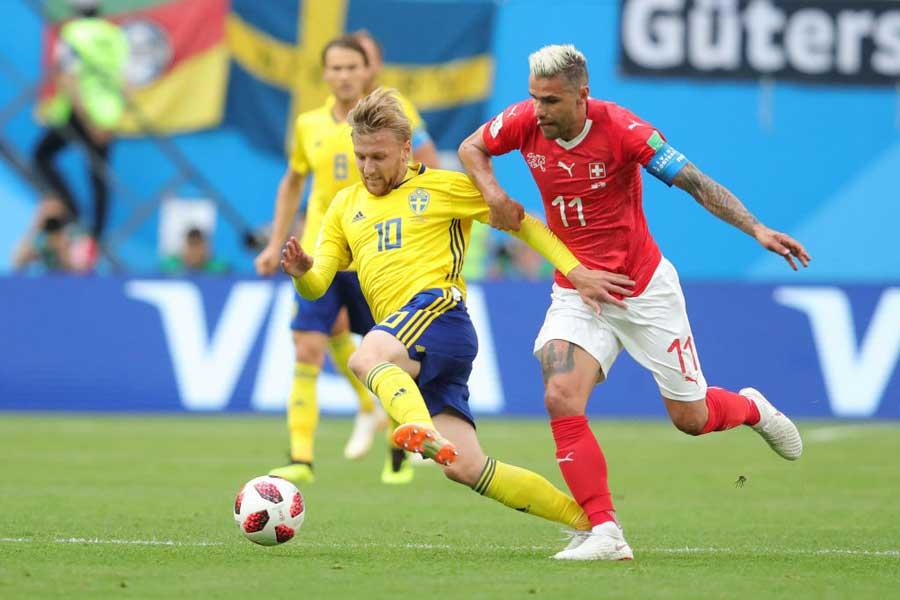 スウェーデン対スイス、堅い守備をベースとしたチーム同士の一戦は0-0で後半へ【写真:Getty Images】