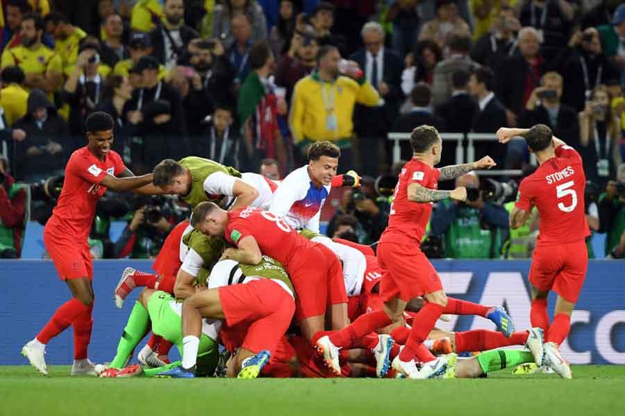 元イングランド代表のギャリー・ネビル氏が、負の歴史を打ち破ったチームを称えている【写真:Getty Images】