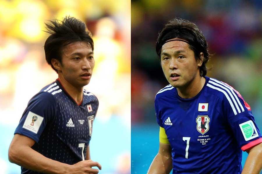 遠藤(右)が長年、日本代表で着用した7番を引き継いだ柴崎(左)【写真:Getty Images】