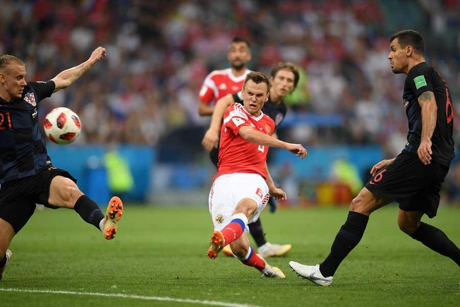 クロアチア戦でロシア代表MFチェリシェフが決めたゴールに、W杯公式ツイッターが注目している【写真:Getty Images】