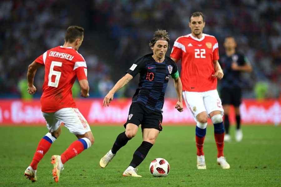 ロシア対クロアチアの準々決勝は、90分間を終えて1-1と譲らず、延長戦に突入した【写真:Getty Images】