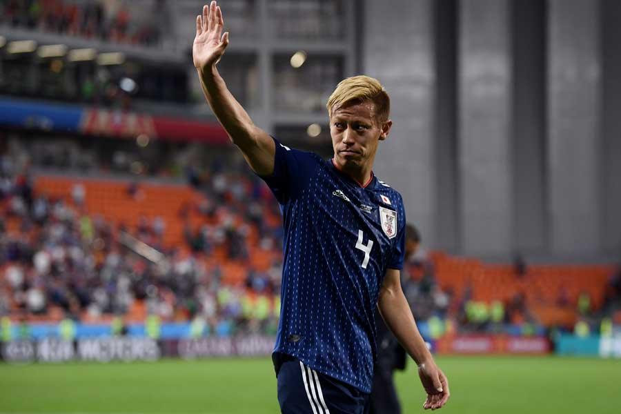 被災地へ寄付を表明した本田が称賛されている【写真:Getty Images】