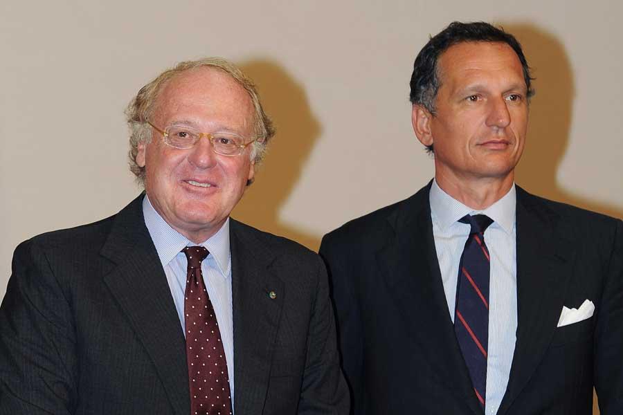 ACミランは、マルコ・ファッソーネCEOを解任し、(左)パオロ・スカローニ氏が後任になることを発表した【写真:Getty Images】