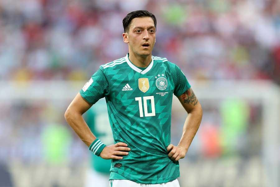 ドイツ代表からの引退を表明したエジル【写真:Getty Images】