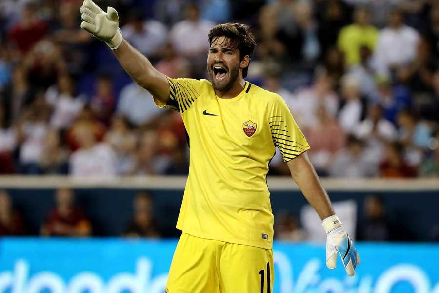 リバプールは現地時間19日、ASローマのブラジル代表GKアリソンを獲得したことを正式発表【写真:Getty Images】