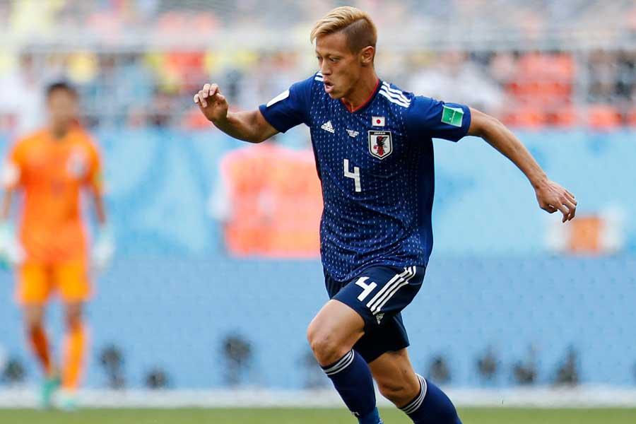 日本代表MF本田が、ロシアW杯の「CKキッカー5傑」に選出【写真:AP】