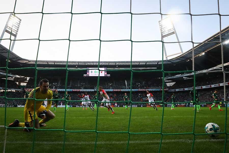 フランス2部グルノーブルGKブリス・モーブルが衝撃のミス(写真はイメージです)【写真:Getty Images】