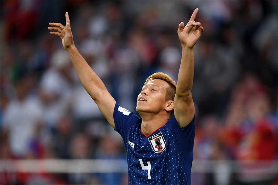 日本人史上初となるW杯3大会連続ゴールを挙げた本田【写真:Getty Images】