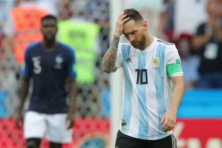 メッシはアルゼンチン代表を引退するのだろうか…【写真:Getty Images】