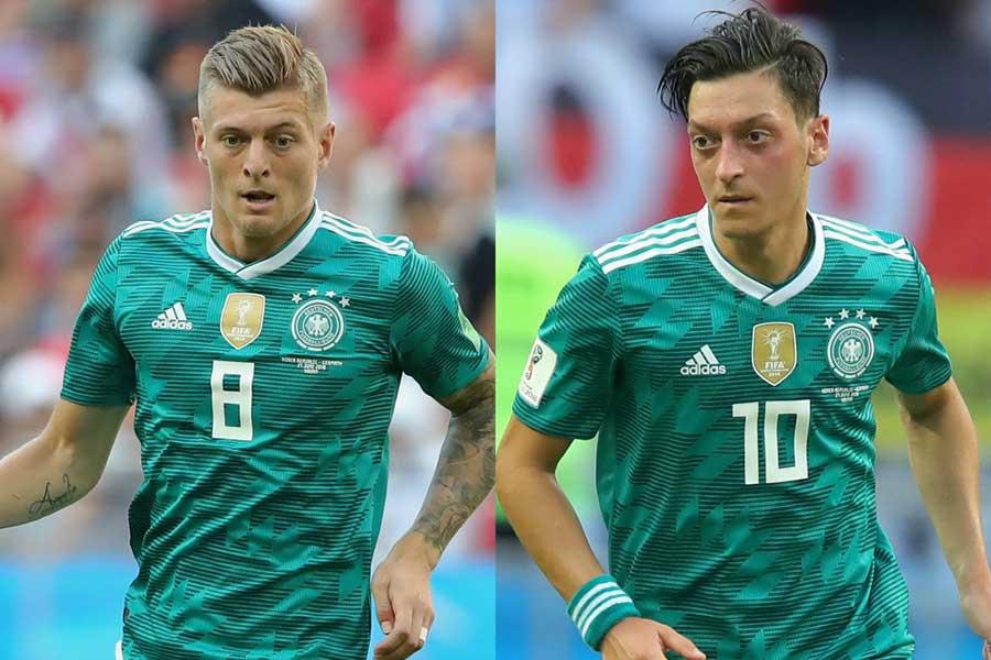 クロース(左)がエジル(右)のドイツ代表引退について言及した【写真:Getty Images】