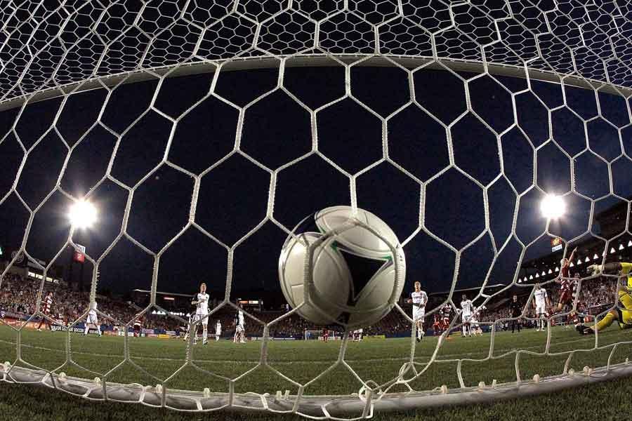 オランダカップ1回戦で衝撃の「ゴーストゴール」が…(写真はイメージです)【写真:Getty Images】