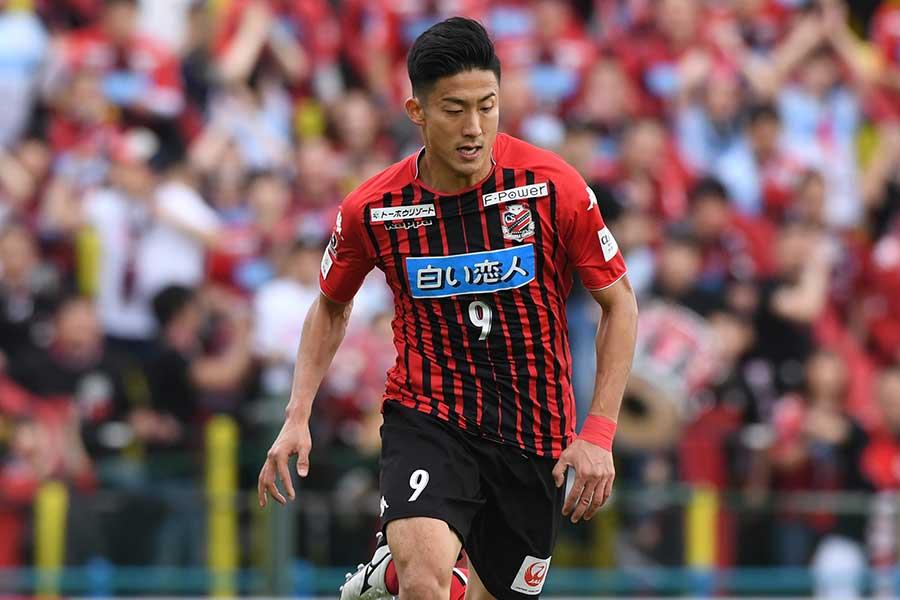 神戸戦でゴールを挙げたJ1札幌のFW都倉【写真:Getty Images】