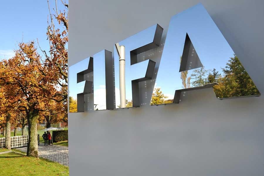 FIFAが「ローン移籍最大8人化」を計画と独紙が報道【写真:Getty Images】