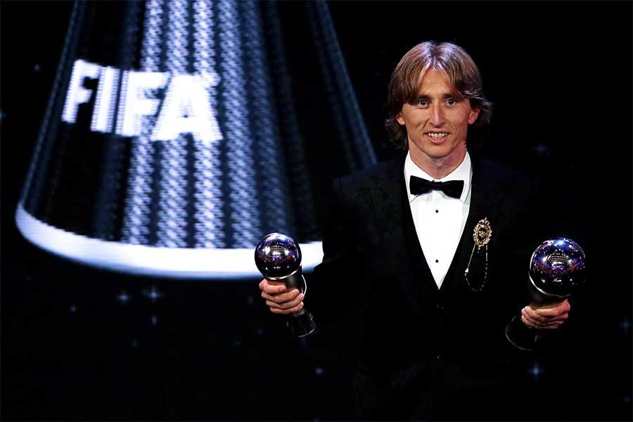 FIFA年間最優秀選手を受賞したモドリッチ【写真:Getty Images】