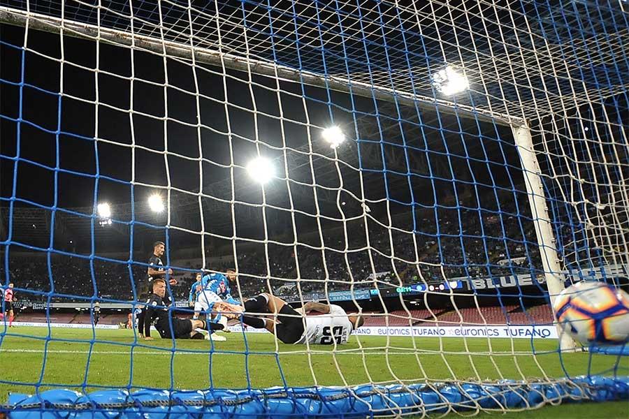 ペルー1部リーグで信じられないような珍オウンゴールが生まれた(写真はイメージです)【写真:Getty Images】