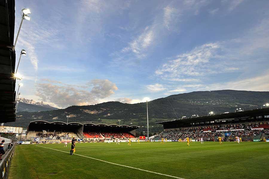 スイス1部で驚愕のノールックパスからゴールが生まれた(写真はイメージです)【写真:Getty Images】