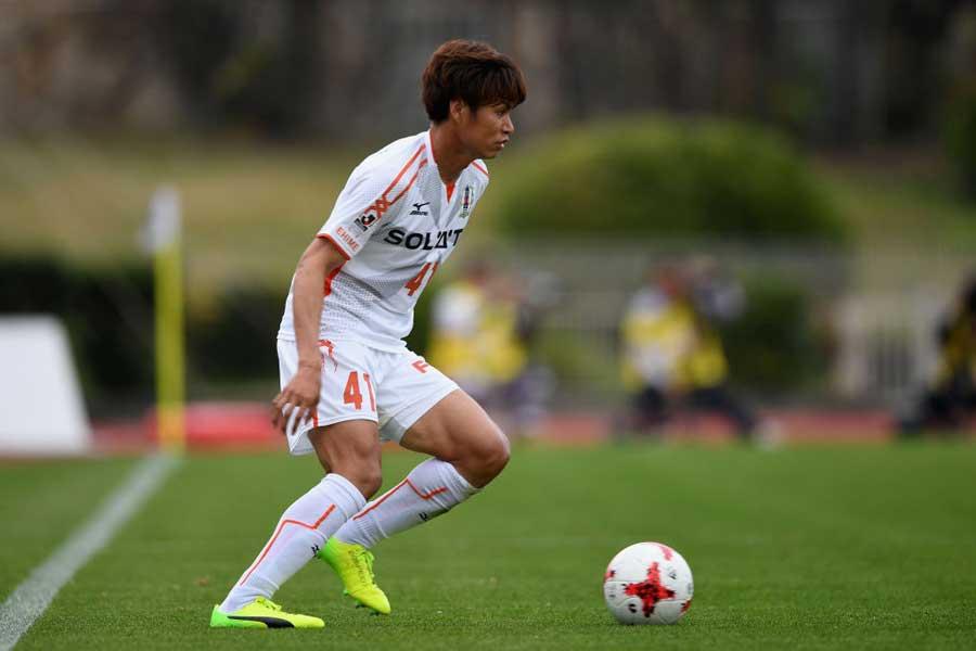 J2愛媛FCのMF小池純輝【写真:Getty Images】
