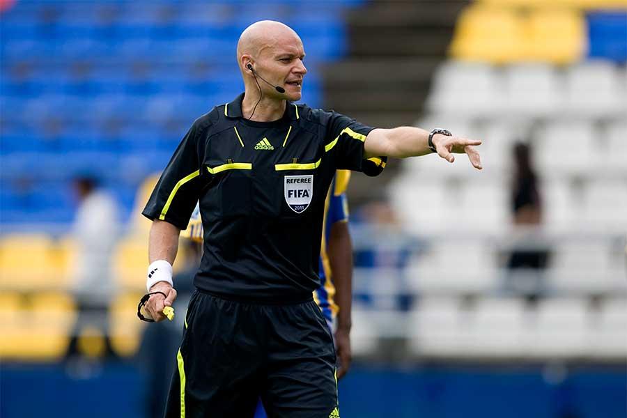 物議を醸したナント対PSG戦がシャプロン氏のキャリアラストゲームとなった【写真:Getty Images】