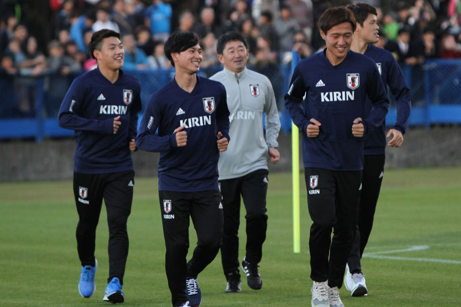 (左から2番目)日本代表MF南野【写真:Football ZONE web】