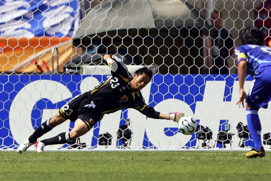 GK川口は、身長コンプレックスがあったと告白している【写真:Getty Images】