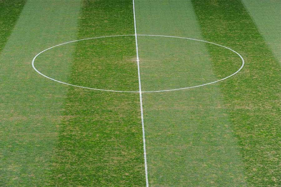 イングランド女子サッカーリーグで、コイントスを実施できなかった主審が21日間の職務停止処分を受ける珍事が起きた(写真はイメージです)【写真:Getty Images】