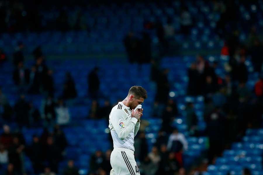 やはりファンやチームメートも、強いレアル・マドリードが見たいということなのだろうか【写真:Getty Images】