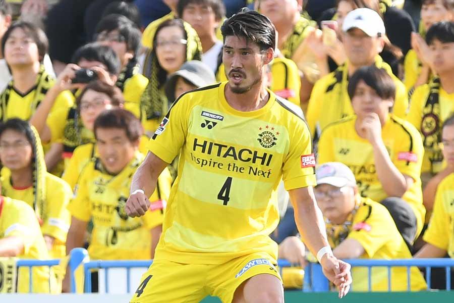 2019年シーズンから浦和でプレーするDF鈴木大輔【写真:Getty Images】