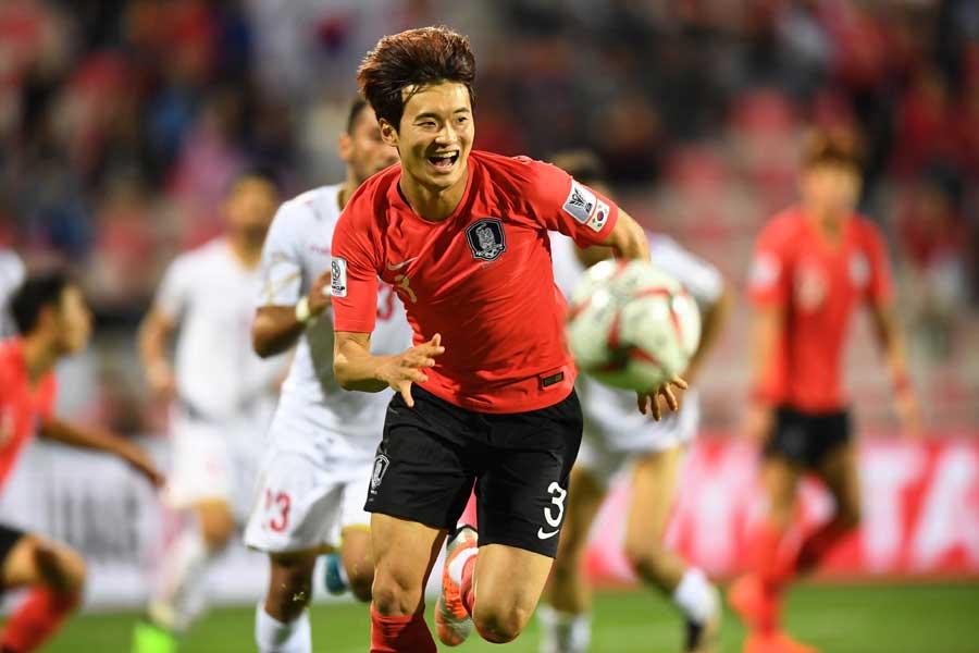 韓国代表DFキム・ジンス【写真:ⒸAFC】
