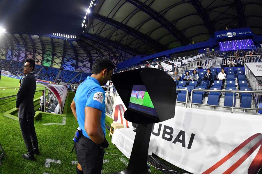 アジアカップ準々決勝から導入されたVAR【写真:©AFC 】