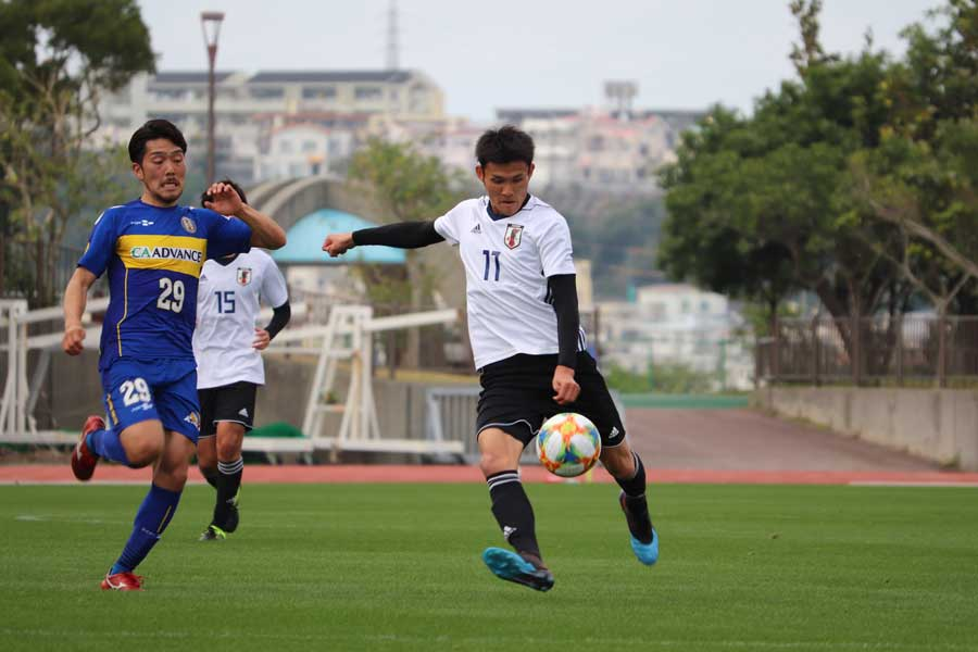 沖縄SVとのトレーニングマッチで2得点を挙げたFW田川【写真:轡田哲朗】