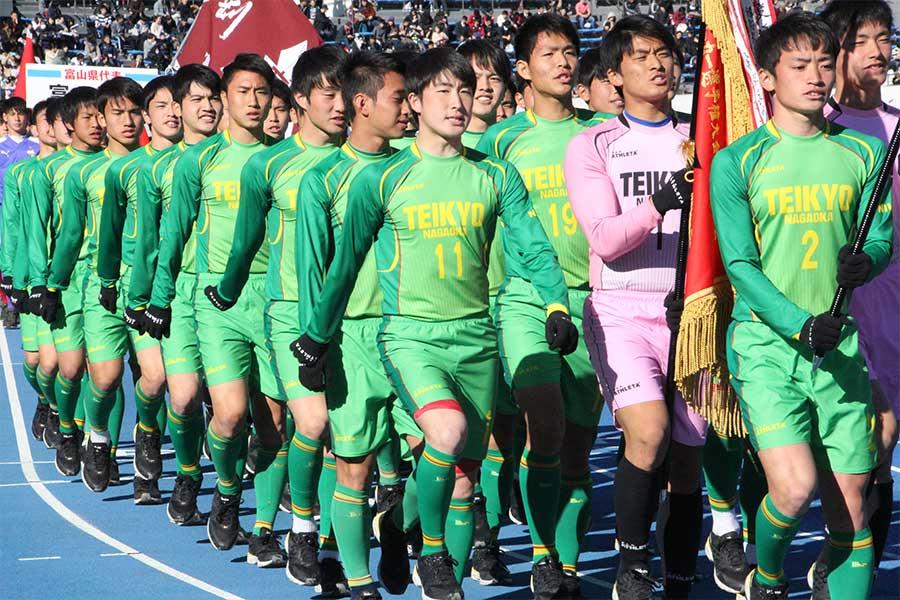 帝京長岡が準々決勝へ駒を進めた【写真:Football ZONE web】