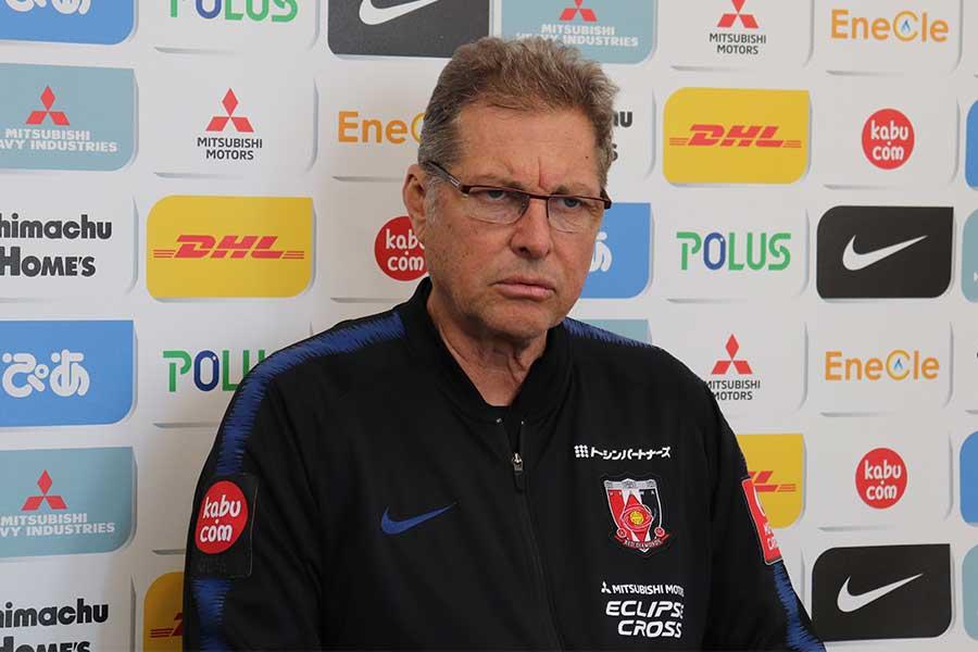 浦和を率いるオリヴェイラ監督【写真:Football ZONE web】