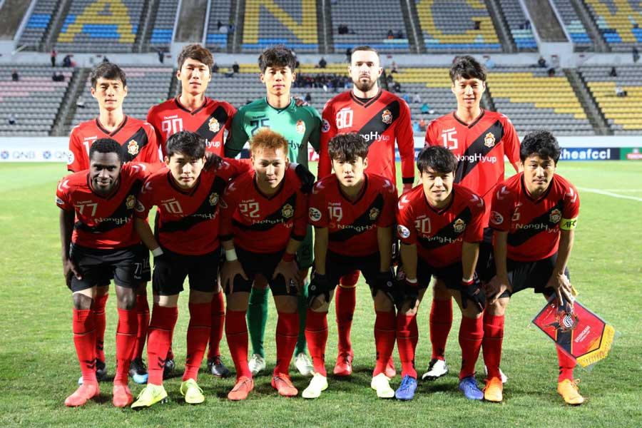 ATの2失点でまさかの逆転負けを喫した慶南FC【写真:Getty Images】