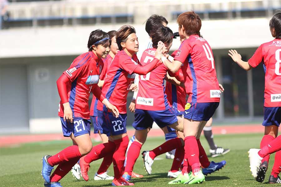 ノジマステラはゲーム終盤に2ゴールを挙げ、劇的な逆転勝利を飾った【写真:Football ZONE web】