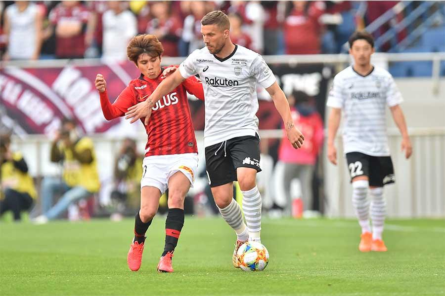 浦和レッズがホームにヴィッセル神戸を迎え撃ったJ1リーグ第8節は、前半のPKによる決勝点で浦和が1-0と勝利した【写真:木鋪虎雄】