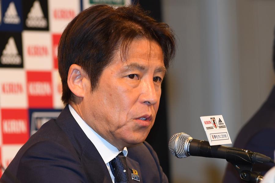 元Jリーガーの石塚氏が西野ジャパンについてSNSで持論を展開している【写真:Getty Images】