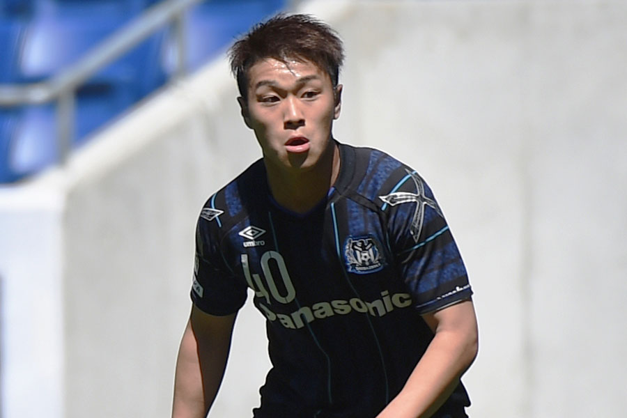 J1初ゴールを決めたガンバ大阪の20歳FW食野【写真:Getty Images】