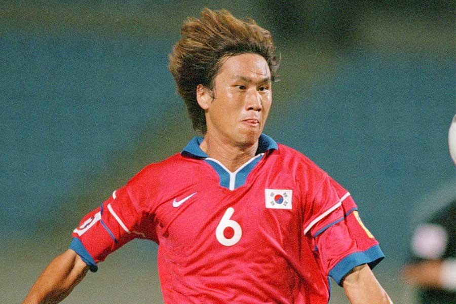 元韓国代表のMFユ・サンチョル【写真:Getty Images】