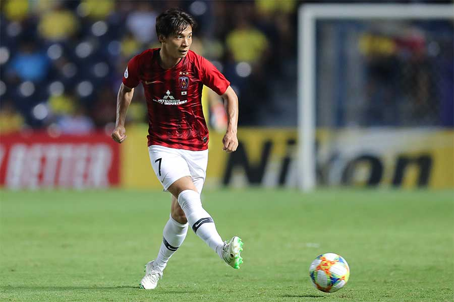 MF長澤の1ゴール1アシストの活躍により2-0で前半を折り返した【写真:Getty Images】