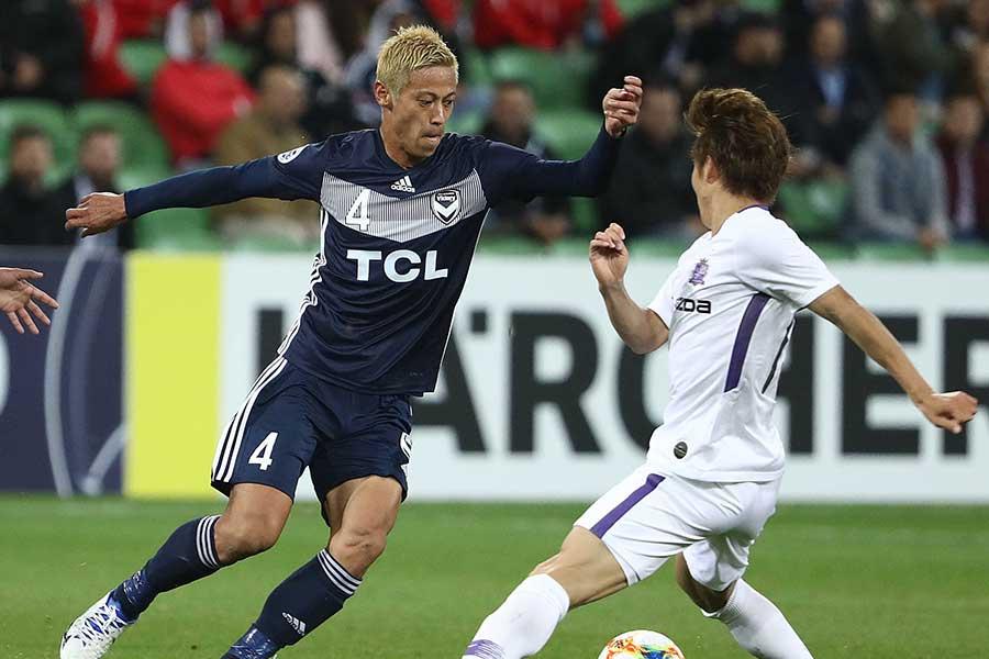 本田を擁するメルボルン・Vと対戦し、広島が3-1で勝利【写真:Getty Images】