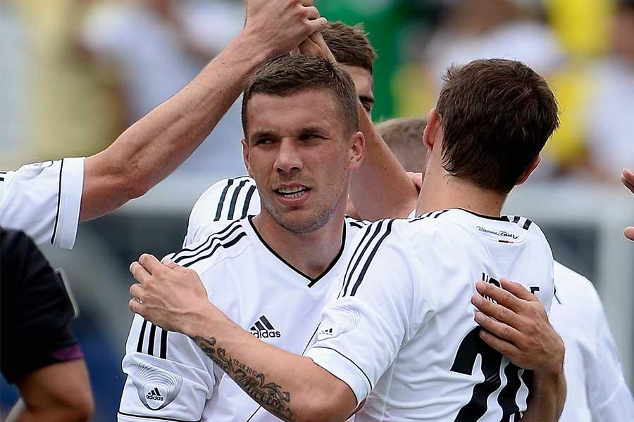 ポドルスキが決めた一撃は、ドイツ代表のサッカー史に残る歴史的なゴールとして語り継がれているようだ【写真:Getty Images】