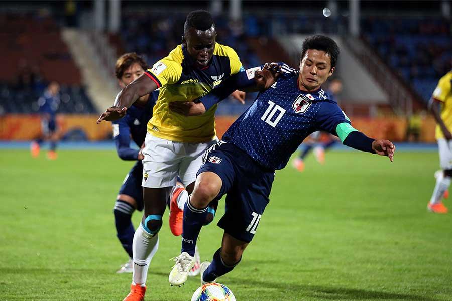 U-20日本代表でキャプテンを務めるMF齊藤未月【写真:Getty Images】