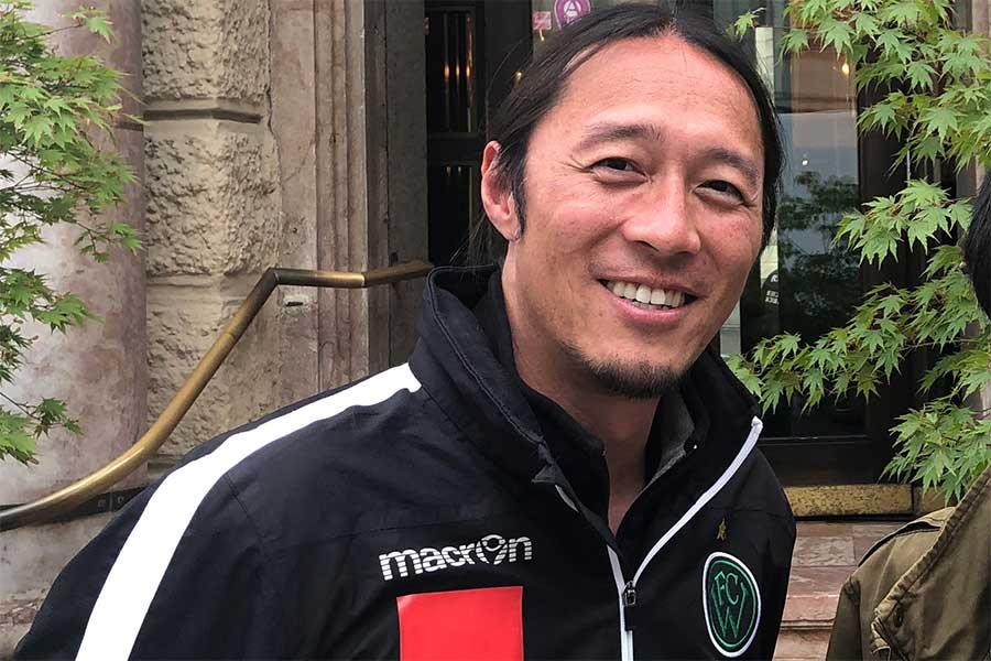 神戸のアシスタントコーチに就任したモラス雅輝氏【写真:中野吉之伴】