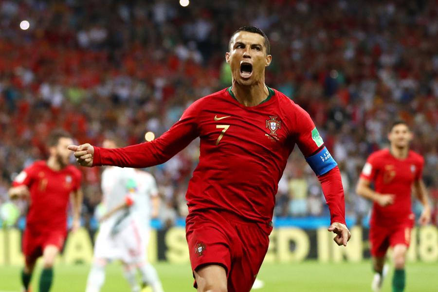 ポルトガルがC・ロナウドのPKでスペイン相手に先制した【写真:Getty Images】