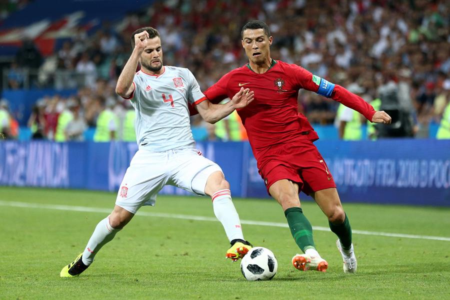 スペイン対ポルトガルの一戦をFIFAが絶賛している【写真:Getty Images】